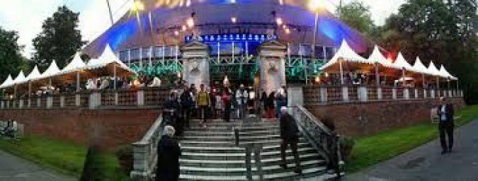 opera-holland-park-v-londyne-3.jpg