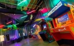 vystava-videohier-design-play-disrupt-v-londyne-3.jpg